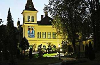 Vaszary Villa Galéria